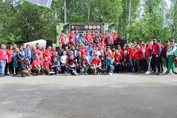 Миасские единороссы приняли участие в Уральском профсоюзном молодежном слете